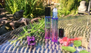 Personal essential oil roller blend